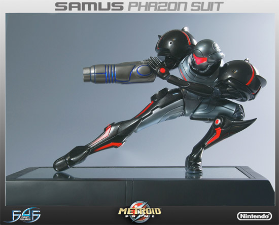 Metroid Phazon Suit Statue