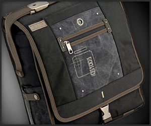Solo Urban Messenger Bag