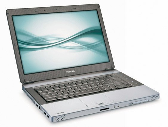 Toshiba E105 Laptop