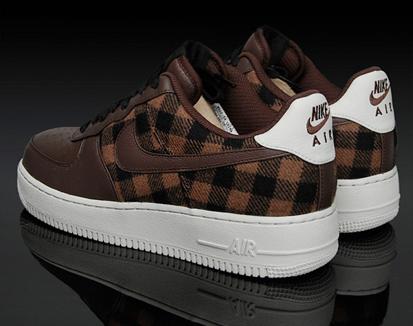 Nike Air Force 1 Plaid