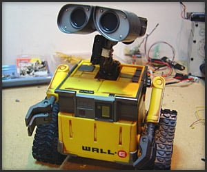 Video: Modded Wall-E