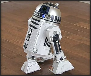 Voice Activated R2D2