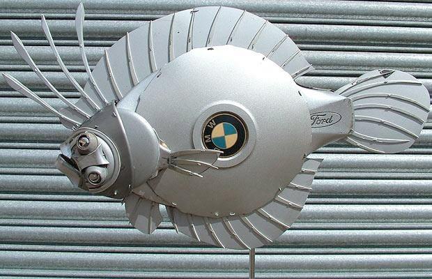 Hubcap Art