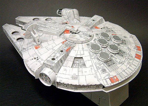 Paper Millennium Falcon - The Awesomer