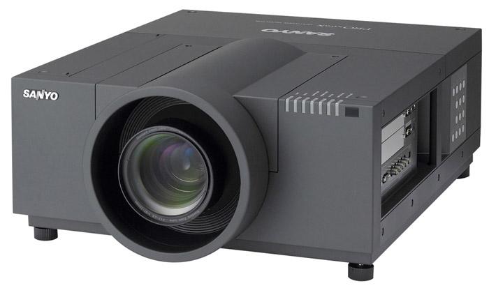 Sanyo PLC-XF71 Projector