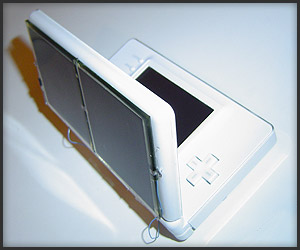 Solar-powered DS Lite