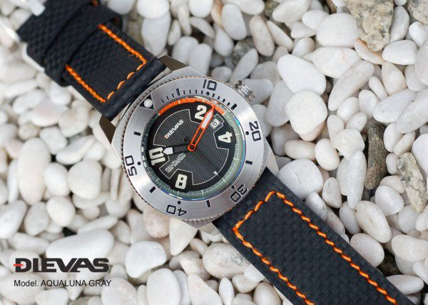 Dievas AquaLuna Watch