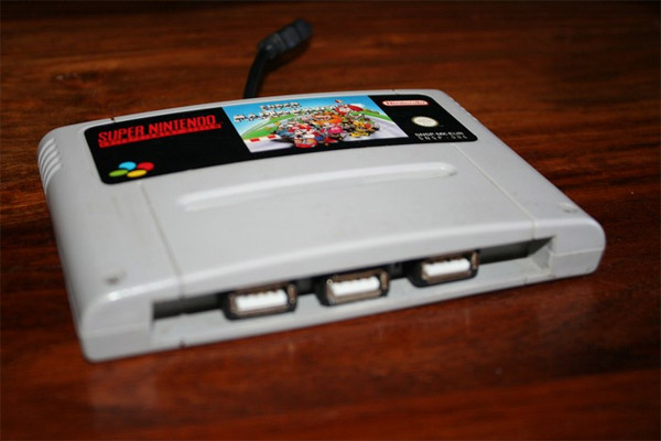SNES Cartridge USB Hub