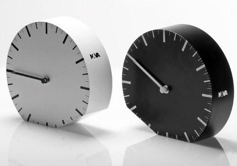 Ora (il)Legale Clock