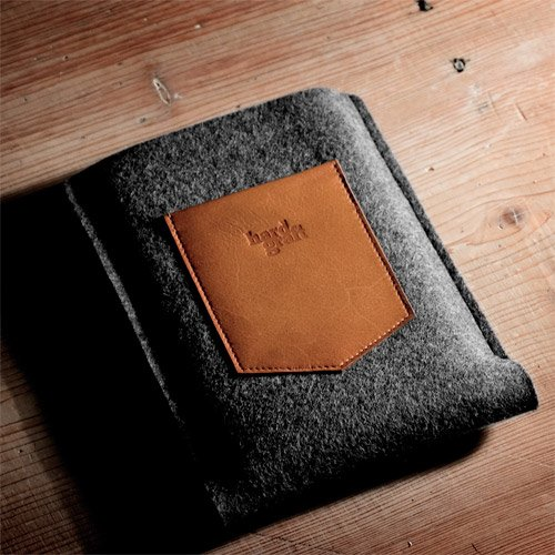 Dapper Kindle Case