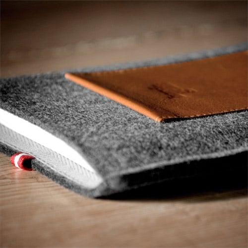 Dapper Kindle Case