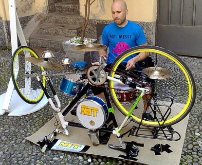 DIY:Traveling Drum Kit