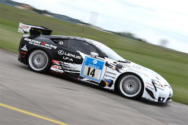 218mph Lexus LF-A