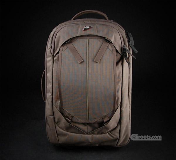 Nike Cabin Wheel Bag