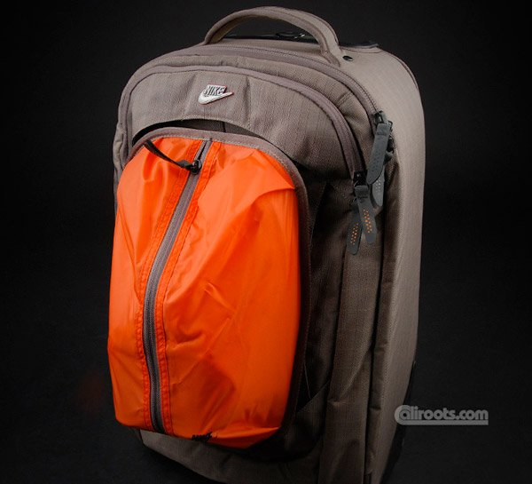 Nike Cabin Wheel Bag