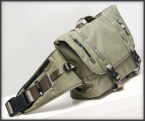 Challenger Messenger Bag
