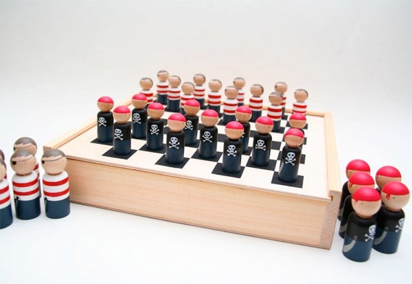 Pirates vs. Ninjas Checkers
