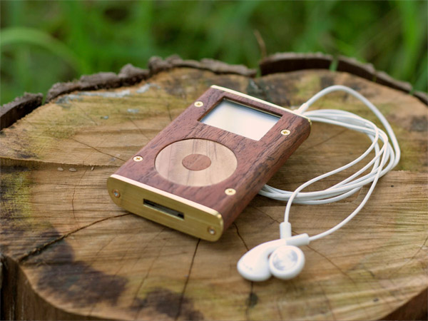 Wood iPod Mini