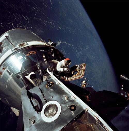 Apollo: Eyes of Astronauts