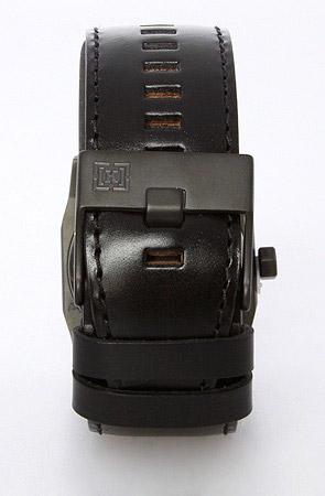 KR3W Stealth Watch