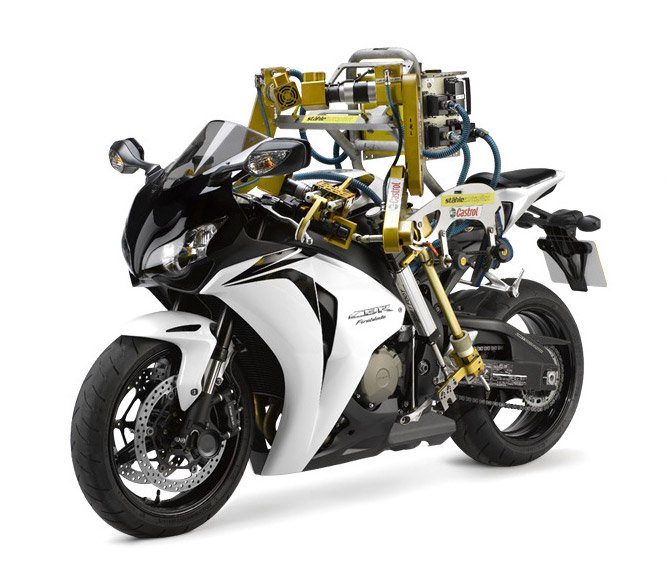 Flossie: Motorcycle Robot
