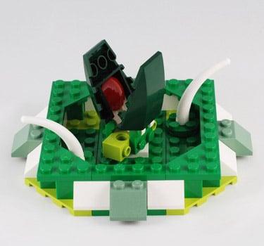 LEGO Man-Eating Pits