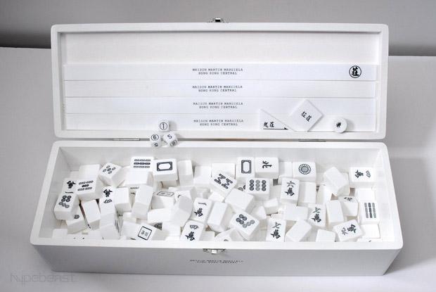 MMM Mahjong Set