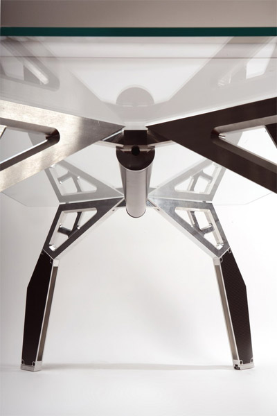 Black Widow Table
