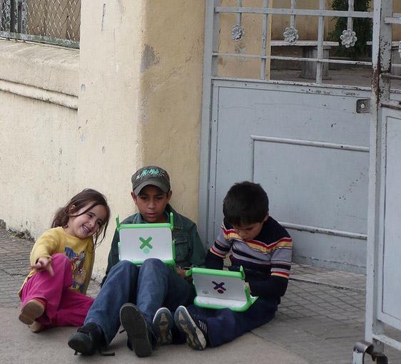 Uruguay x OLPC