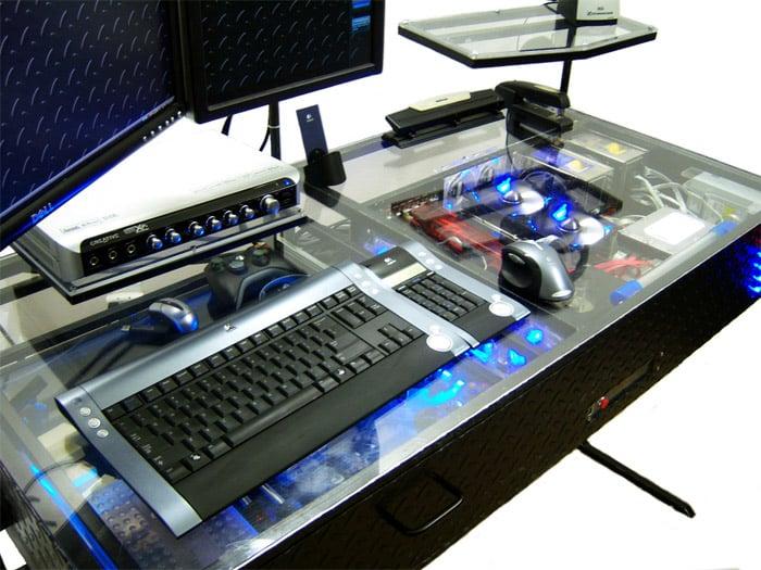 DIY: LED/Plexiglass Desk