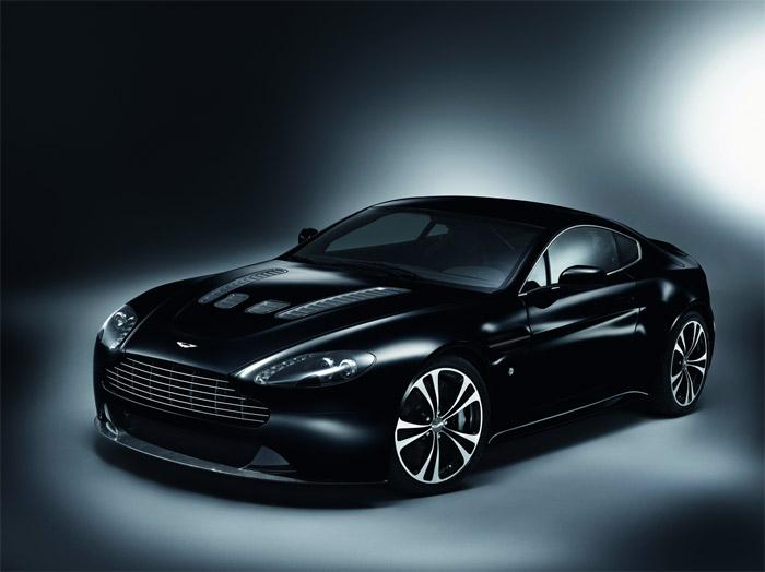 Aston Martin: Carbon Black