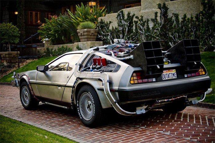 BttF DeLorean Replica