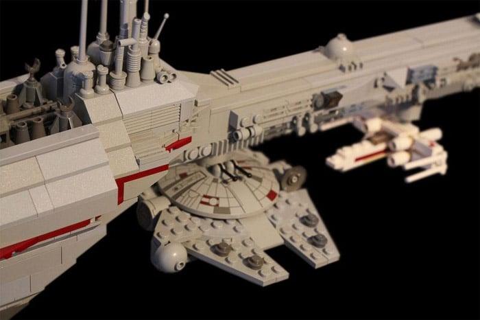 LEGO Nebulon-B Frigate