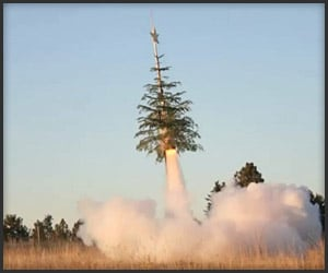 Rocket-Powered Xmas Tree