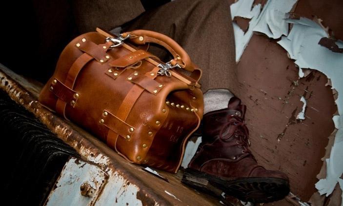 Leather Gladstone No 10 XS