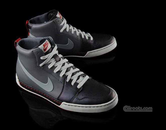 Nike Air Royal Mid Textile