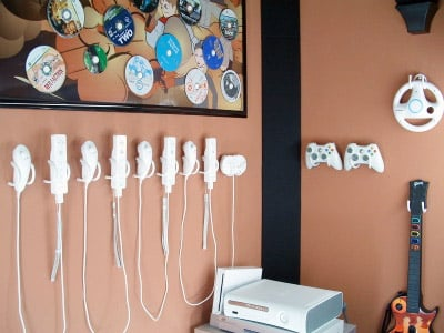 Controller Wall Clips