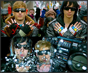 Music: Lonely Island – Boombox