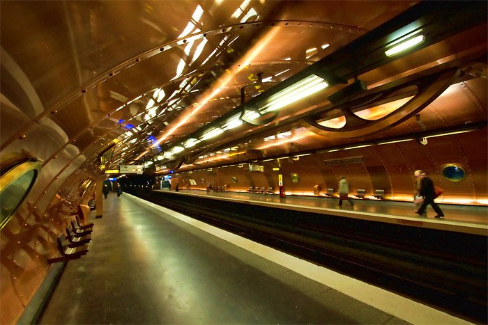 Paris: Arts et Metiers Metro Station - Photo: spbutterworth
