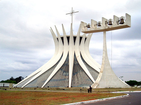 15 Bizarre Buildings
