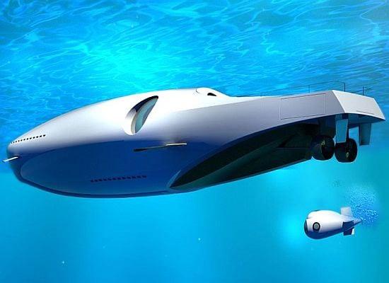 U-010 Yacht Submarine
