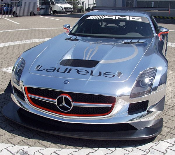 chrome mercedes sls amg the awesomer. Black Bedroom Furniture Sets. Home Design Ideas