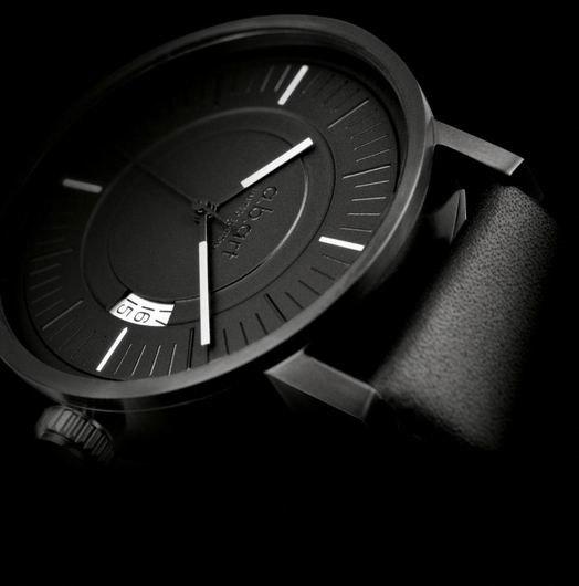 OA All Black Watch
