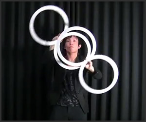 Contact Ring Juggling