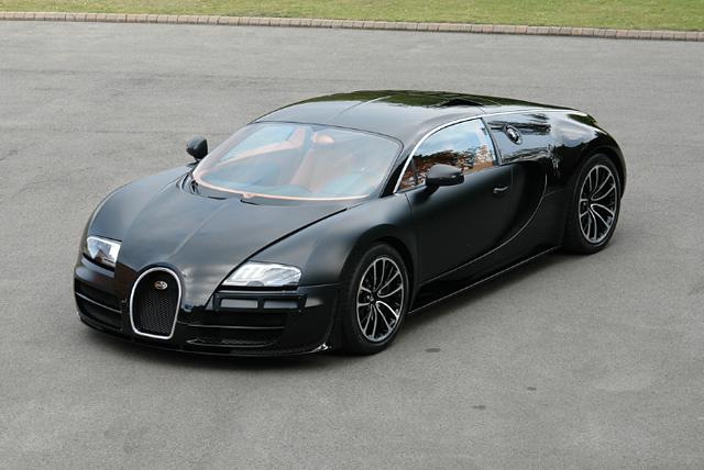 bugatti veyron sang noir the awesomer. Black Bedroom Furniture Sets. Home Design Ideas