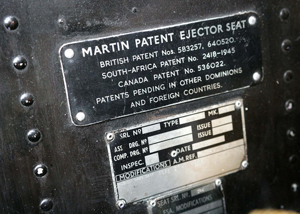 Ejector Seat Chair