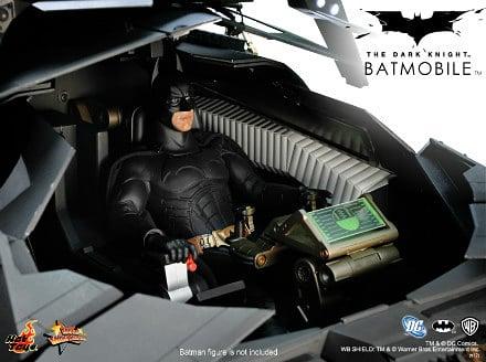 Batmobile Tumbler 1:6 Replica