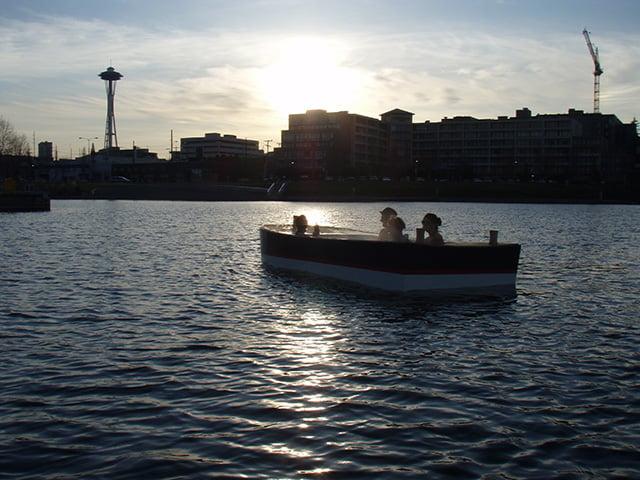 hot tub boat the awesomer. Black Bedroom Furniture Sets. Home Design Ideas