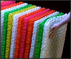 60,000 Dominoes, 12 Seconds