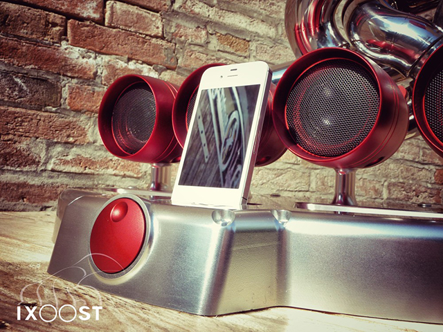 iXoost iPhone/iPod Dock